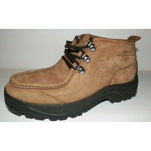 Men's 8 Earth Shoe Chukka Boots Trail